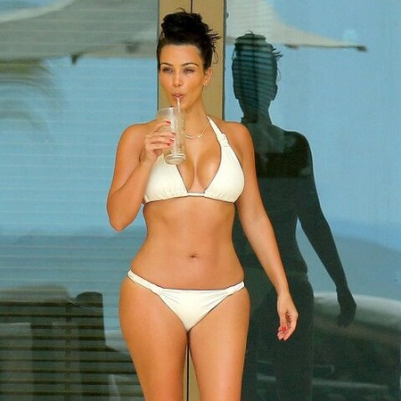 kim kardashian on honeymoon - twitter pic - bikini body - best bikini body - feature Kim Kardashian - diet - celeb - gym feature - gym bag - handbag.com