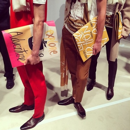 burberry-london collections men autumn winter 2014-handbags-adventure slogan-oversized flap wallet-handbag.com