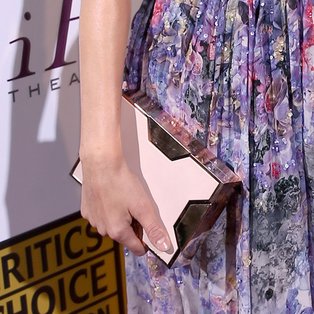 Diane Kruger - Critics Choice Awards - flower strapless dress - box clutch - handbag.com