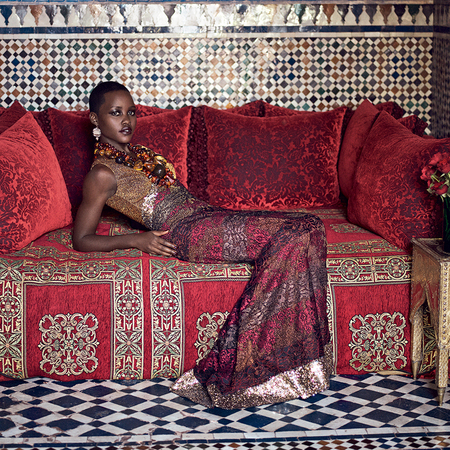 lupita nyongo vogue cover - lupita on sofa - day bag - handbag