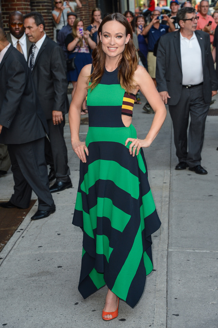 Olivia Wilde - stripy blue and green dress - stripe bandaux - print - summer - the late show with david letterman - handbag.com