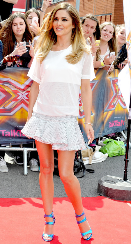 Cheryl Cole's white tee and frilly skater skirt