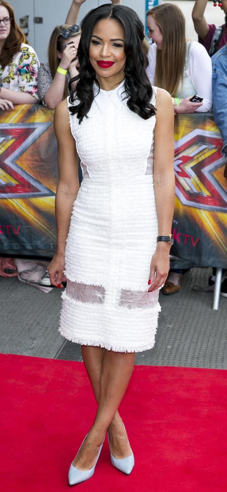 sarah jane crawford-x factor 2014-xtra factor host-caroline flack replacement-red lipstick-white dress-celebrity fashion-handbag.com