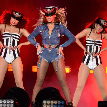 beyonce-joint tour with jay z-on the run-denim hotpants-sexy police uniform- leotard-stage costume-handbag.com