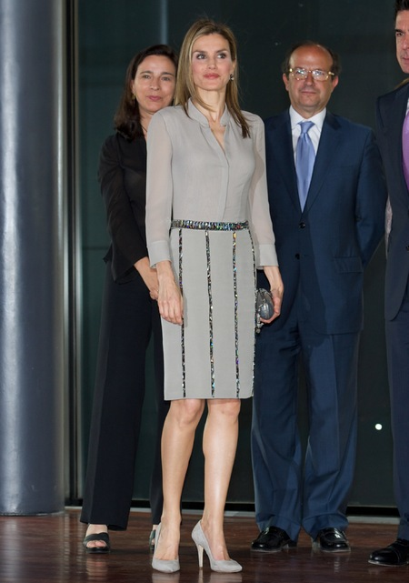 queen letizia in sequin skirt - is queen letizia of spain the new kate middleton - shopping bag - handbag