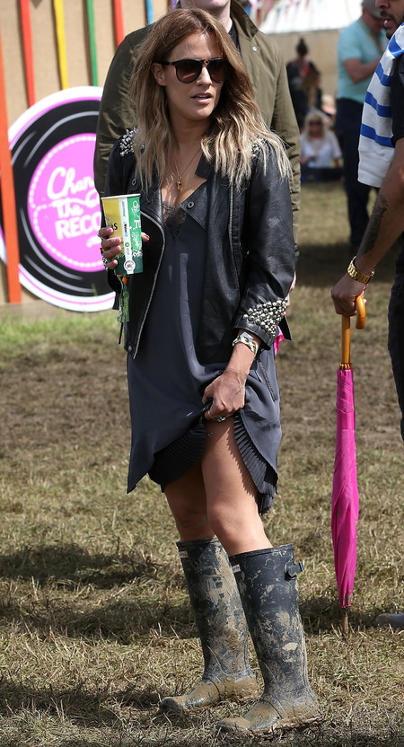Caroline Flack at Glastonbury festival 2014 - celebrity spots at Glastonbury festival - instagram photos - fashion - shopping bag - handbag.com