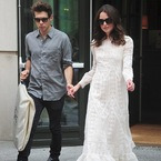 Keira Knightley nails 3 dresses in one day