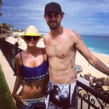 Kaley Cuoco sweeting - picture on holiday with husband ryan sweeting - split rumours - handbag.com