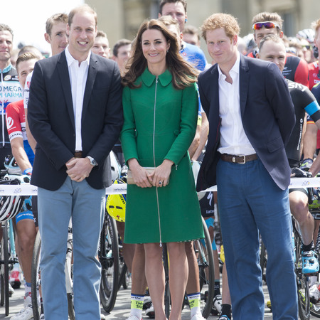 Kate Middleton - Prince Harry and Prince William - tour de france - yorkshire - green coat - handbag.com