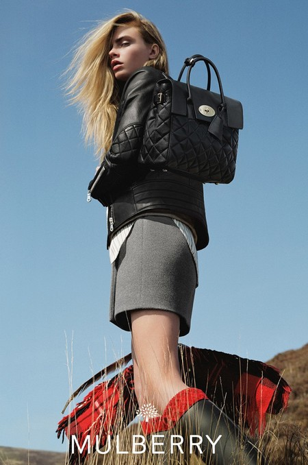 cara delevingne-mulberry-autumn winter 2014-delevingne backpack-quilted black bag-wellies-handbag.com