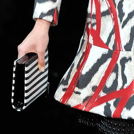 armani-black and white stripe clutch bag-paris haute couture fashion week-autumn winter 2014-handbag.com