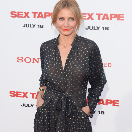 cameron diaz-jumpsuit-sex tape film screening-navy and white-onesie-celebrity fashion trend-handbag.com