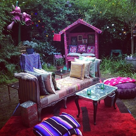Matthew Williamson woodland party - how to throw a designer garden party - benches - handbag.com