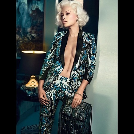 rita ora for roberto cavalli-first pictures-topless-boobs-open jacket-printed suit-handbag.com