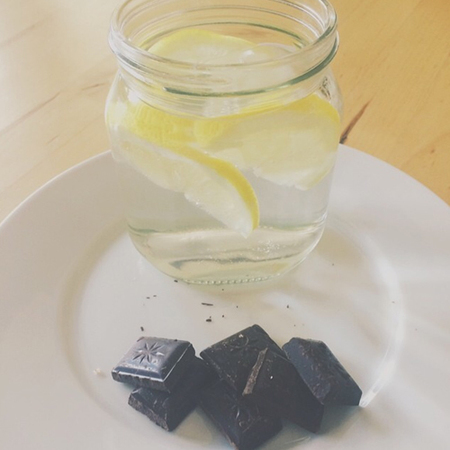 Snacks you can eat on a diet - dark chocolate - handbag.com