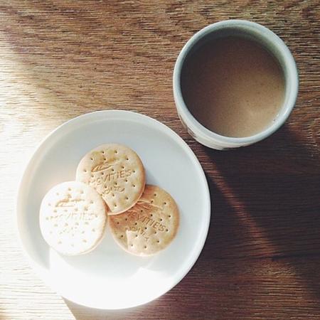 Snacks you can eat on a diet - rich teas - handbag.com