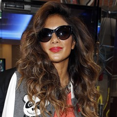 nicole scherzinger-hair-blonde highlights-varsity jacket-celebrity hair ideas and inspiration-handbag.com