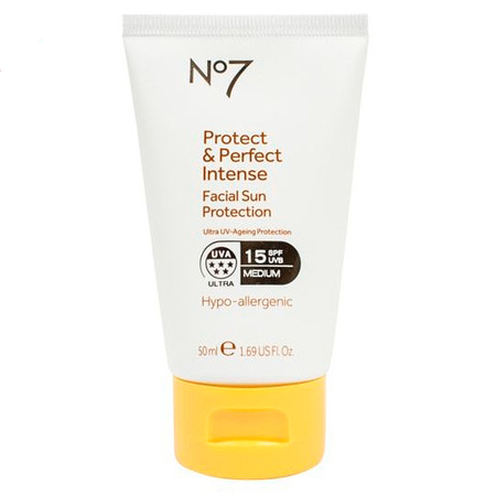boots no7 protect & perfect sun lotion - handbaghero - beauty bag - handbag