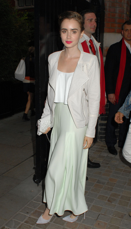 lily collins all white outfit at chiltern firehouse - celebs wearing all white - shopping bag - handbag