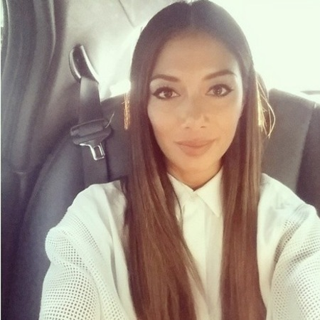 Nicole Scherzinger (soon to be Mrs Lewis Hamilton?) has been out and about giving us long hair envy, again.