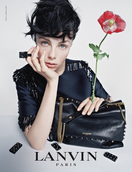 lanvin aw14 campaign - edie campbell black handbag - shopping bag - handbag