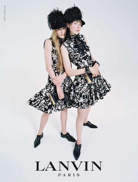 lanvin aw14 campaign - edie campbell with sister carrying clutches - shopping bag - handbag