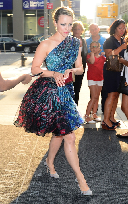 rachel mcadams zuhair murad red clutch - shopping bag - handbag